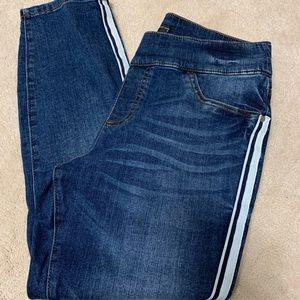 Simply Vera-Vera Wang jegging Capri jeans size 12
